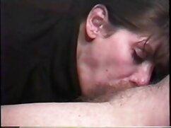 Keisha young szexi fehérneműben, bilincsben a kezében állt az ágy mellett, rákfélékkel várta a tulajdonosokat. A apa lanya sex videok férfi jött ki a zuhany alatt, majd elkezdte simogatni a szépségét, megdugta a száját óvatosan, majd tedd a seggem az anális a.